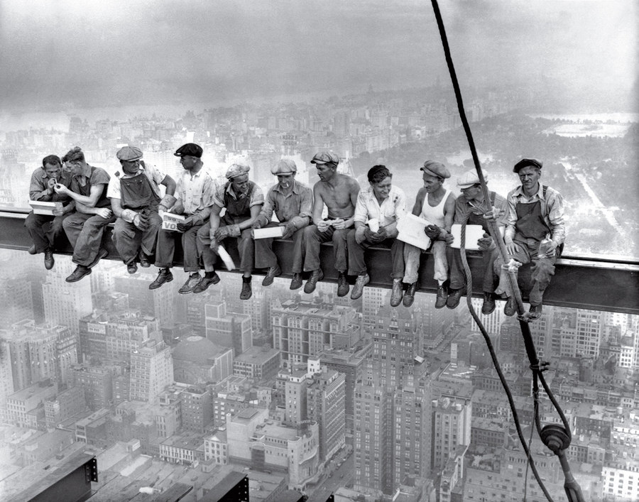 Lunch Atop a Skyscraper Unknown 1932