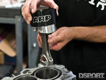 Piston assembly on RB26 Block