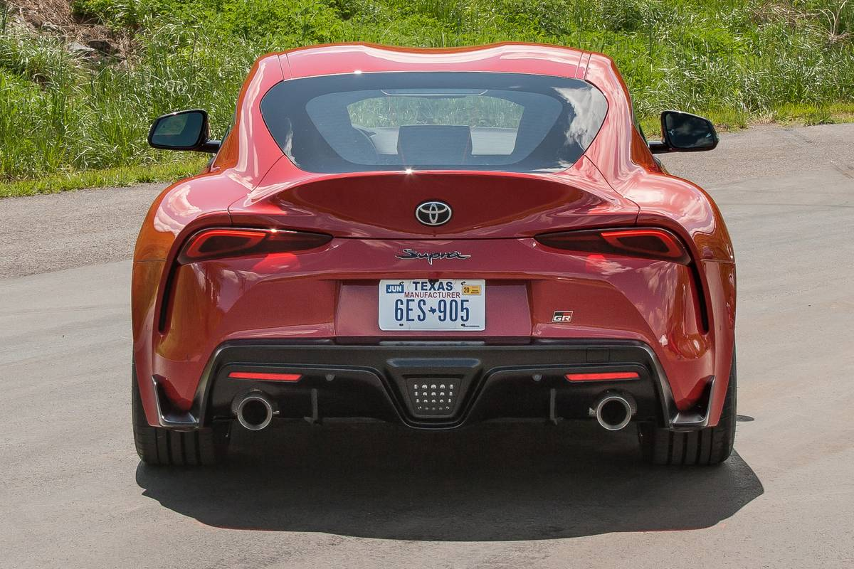 06-toyota-supra-2020-exterior--rear--red.jpg